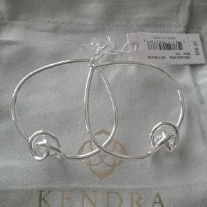 A new set of earrings in silver from Kendra Scott